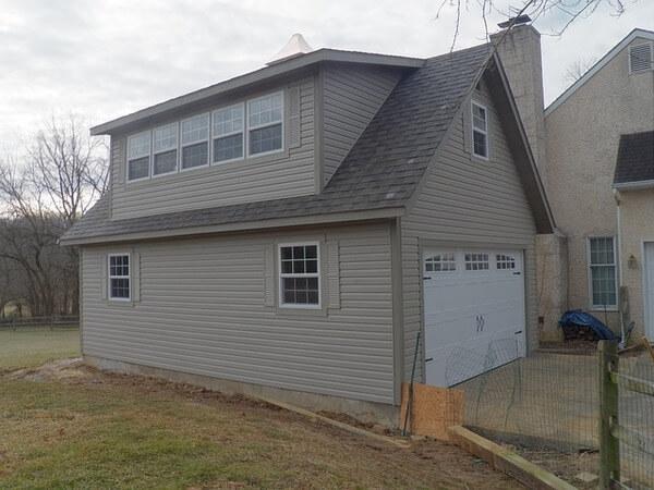 4 Tips for Buying a Garage Door Opener